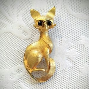 VINTAGE Gold Cat Brooch- Siamese-Black Beads
